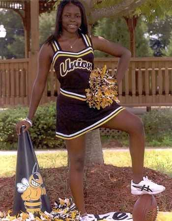 In January 2008, in order to prove his allegiance to his wife, Pernell Thompson stabbed his girlfriend, 16-year-old cheerleader Marisha Jeter to death as his wife, Yolanda, held the girl down. They were both given life sentences.
