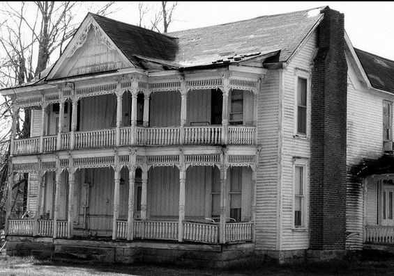 """In 1900, the Charleston newspaper reported about multiple appearances of the """"Georgetown Ghost,"""" said to be a slave who was killed at the close of the Civil War after he had killed his former owner. Because of the fleeting appearances of the specter, it became known as the """"shooting star ghost."""""""