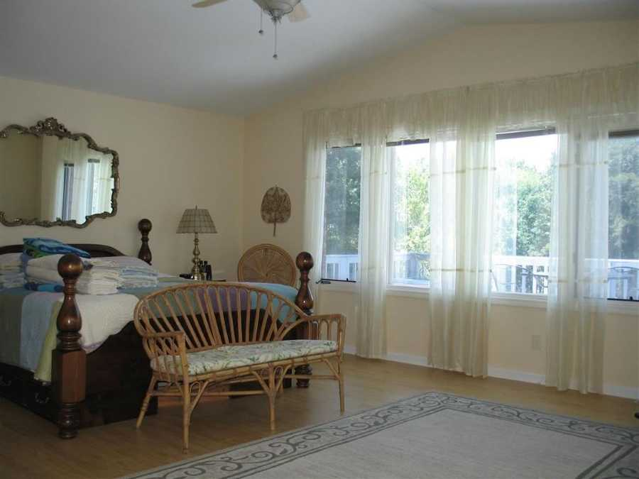 The home can be rented with or without furniture.