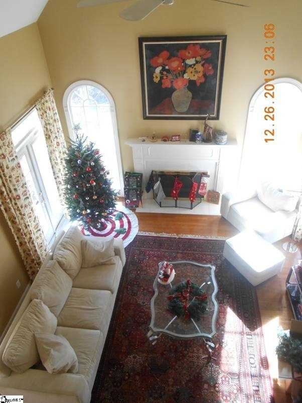 The home has an open floor plan with 2 stories and 1 bedroom on the main floor.
