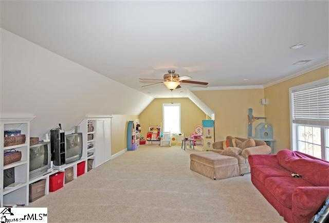 The home has a 43x17 bonus room upstairs.
