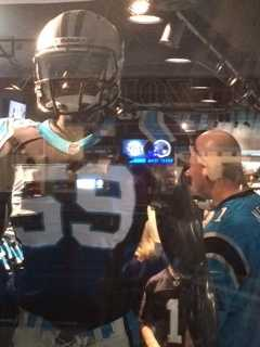 A look at the Panthers full uniform.