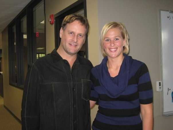 As a huge Full House fan, Liz's favorite memory as a producer is when she got to pick up Dave Coulier for an interview at her station. And John Stamos called him while they were in the car!