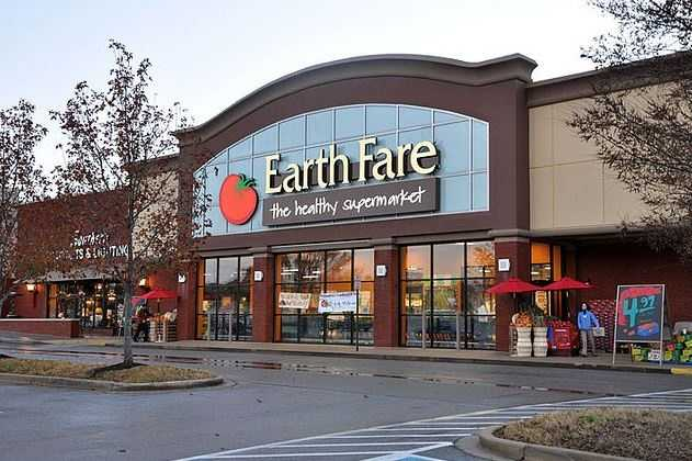 """Earth Fare's roots go back to 1975 when Roger Derrough set up shop as """"Dinner for the Earth,"""" the first natural foods store in Asheville, North Carolina. For five years the store operated out of a tiny store front before relocating to downtown Asheville in a much larger space on Broadway Avenue."""