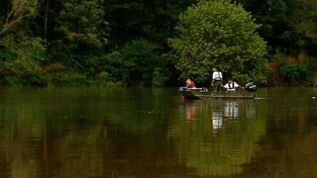 Deputies are searching for a man who went underwater in the Broad River and did not resurface, according to the Union County Sheriff David Taylor.