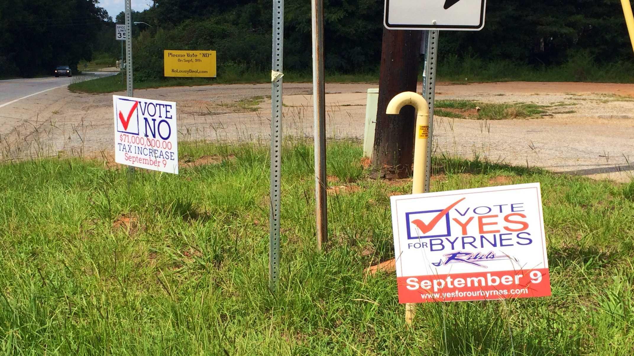 Signs for Byrnes High referendum