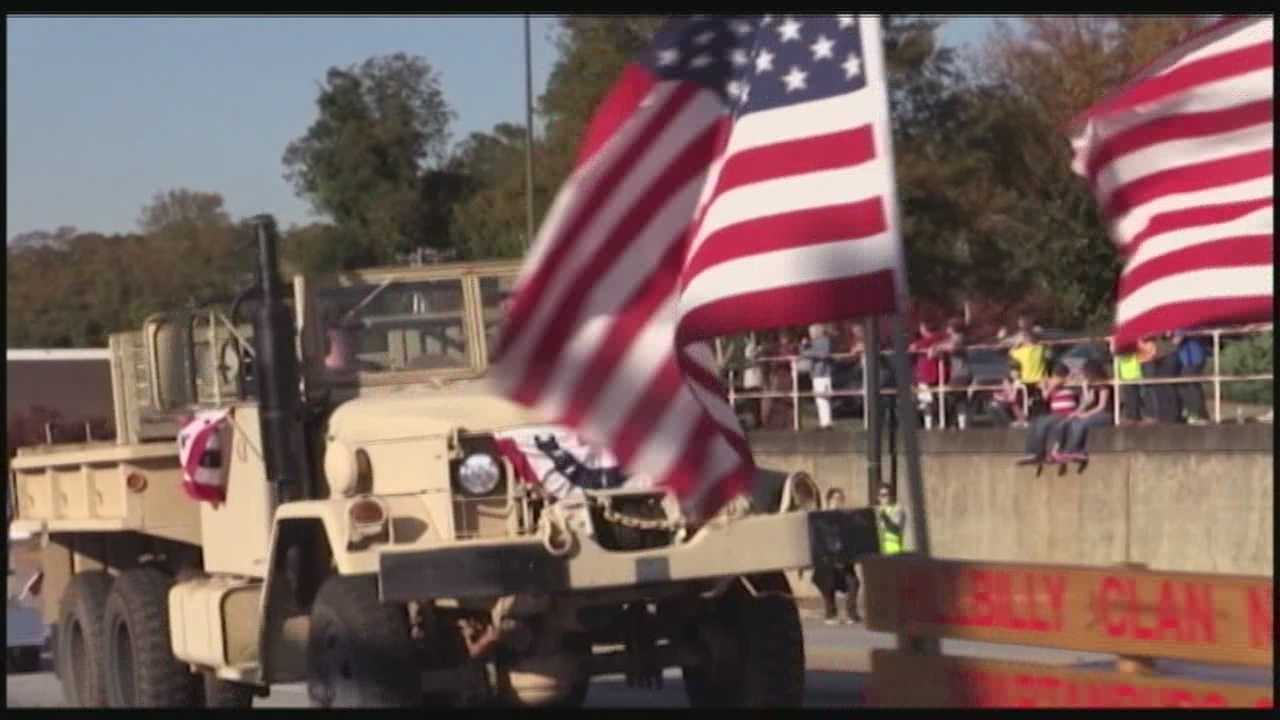 Volunteers were able to save the Veterans Day parade n Anderson, and this weekend it returned to the streets.