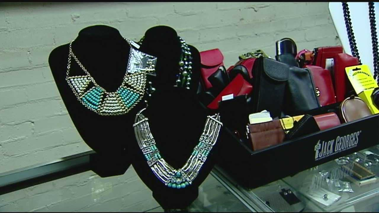 Downtown businesses see a good turn out on Black Friday