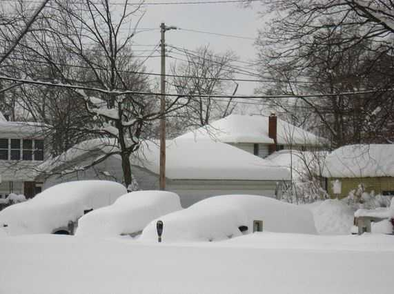 Many people live in snowy areas or travel to them for the holidays. Snow can be beautiful, but it can also be life-threatening. In November, at least seven deaths in New York alone were blamed on a major snow storm.