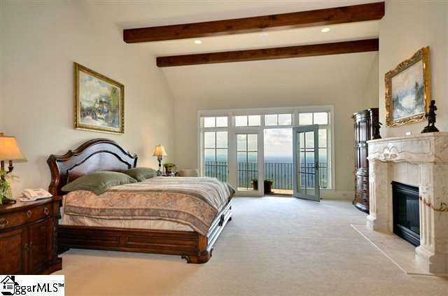 The master bedroom is 23' x 19.'