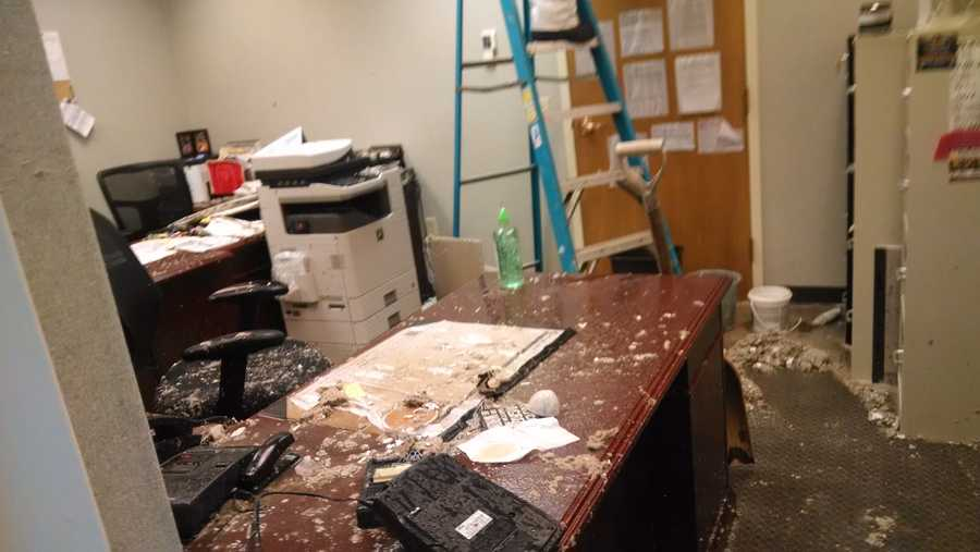 A nasty, smelly situation at Anderson City Hall where a sewer line on the second floor broke sending muck spewing to the floor below.