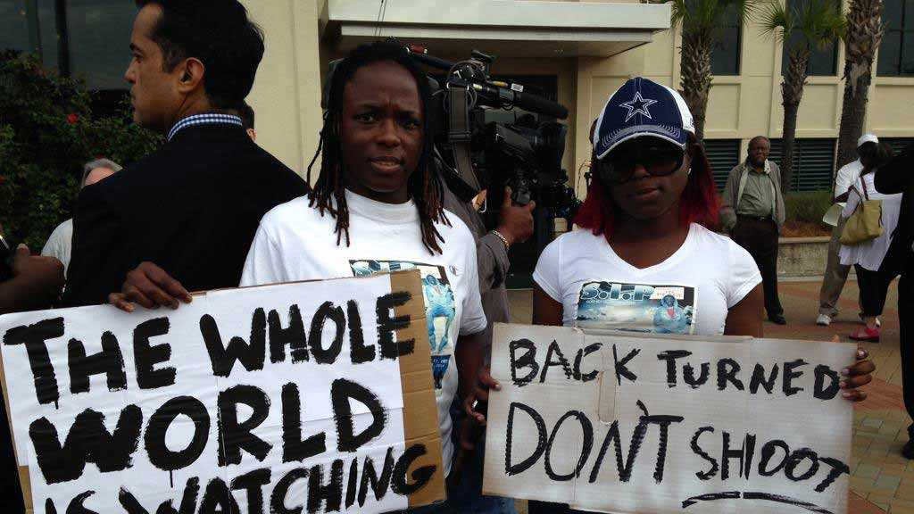 The organization Black Lives Matter held a rally after the shooting of Walter Scott.