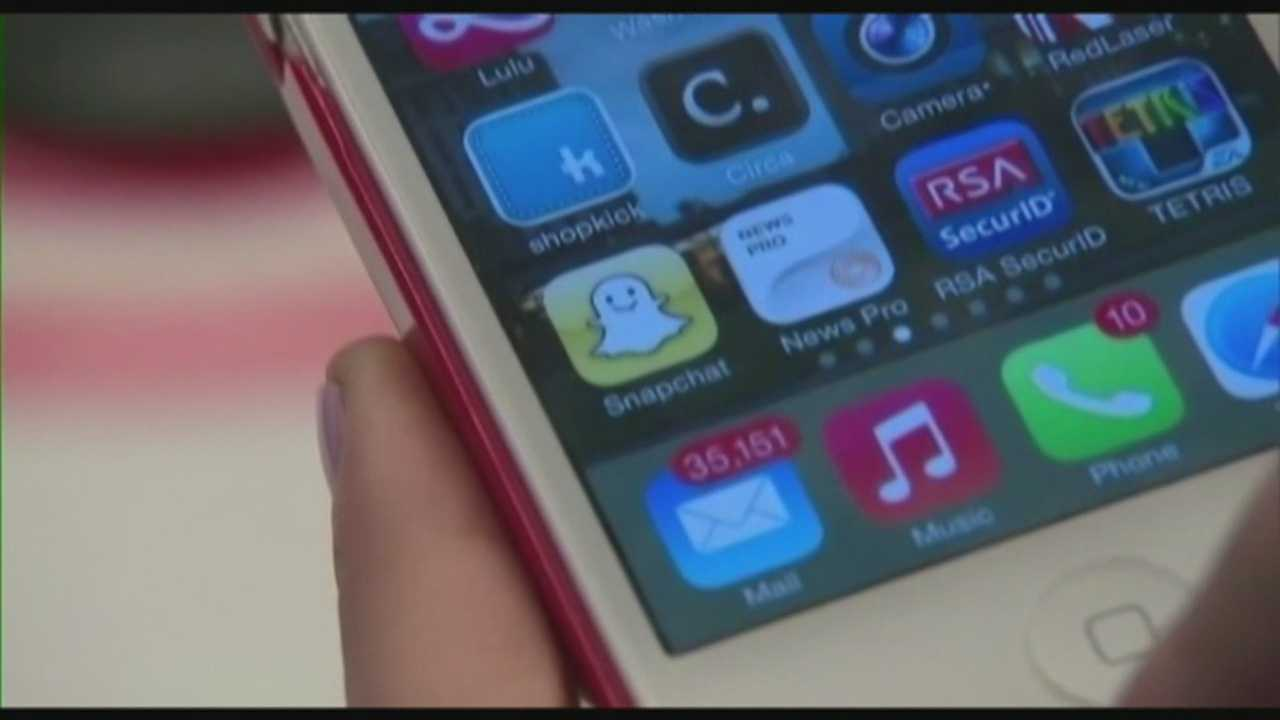 Athletes in college sports  urged to be careful on social media