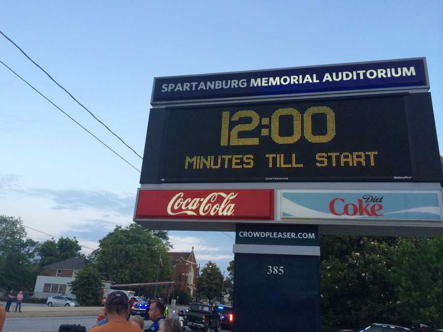 A countdown clock kept track of the start time.