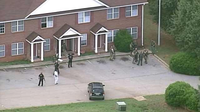SKY4 over the scene of SWAT at Riverstone Apartments