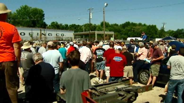 Thousands show up for the Greenville County surplus sale.