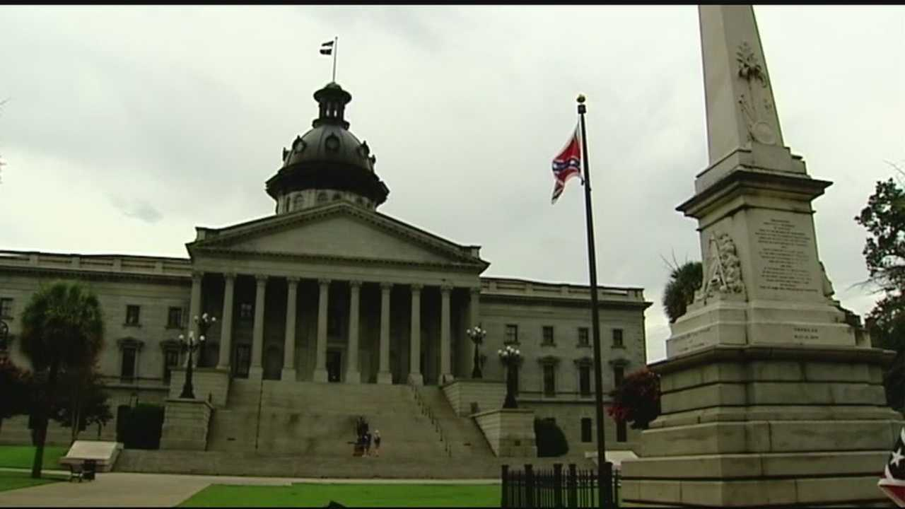 With South Carolina lawmakers set to vote on the Confederate flag's removal from the Statehouse grounds, people from across the country came to take pictures of the controversial symbol.