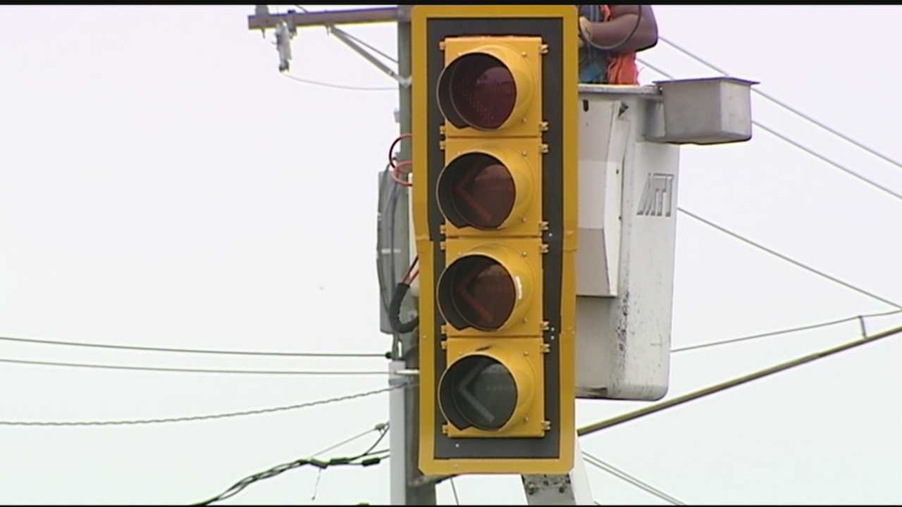 The SCDOT is hoping these new lights will help drivers make fewer mistakes when it comes to turning.