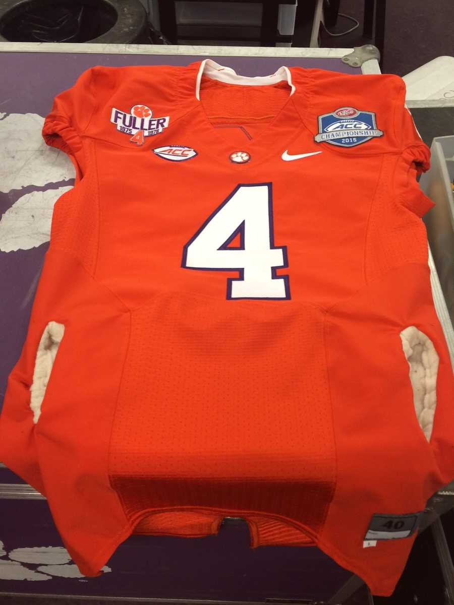 This is Deshaun Watson's jersey. Since it's supposed to be cold Saturday, staff just got hand warmers sewn into Deshaun's jersey as an option. It'll be up to Deshaun as to whether he wants to wear this jersey or another one without hand warmers.