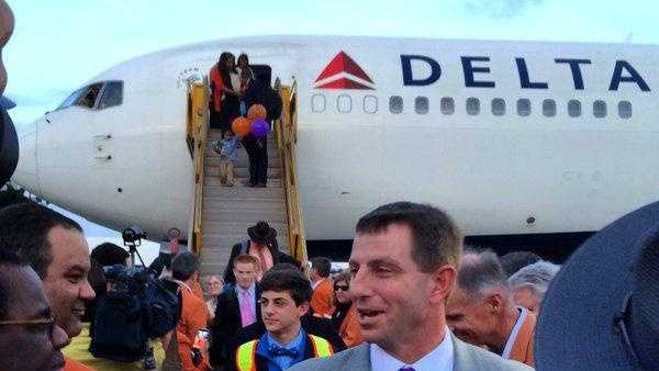 Dabo Swinney and No. 1 Clemson arrived in South Florida on Saturday (Photo courtesy: @OrangeBowl)