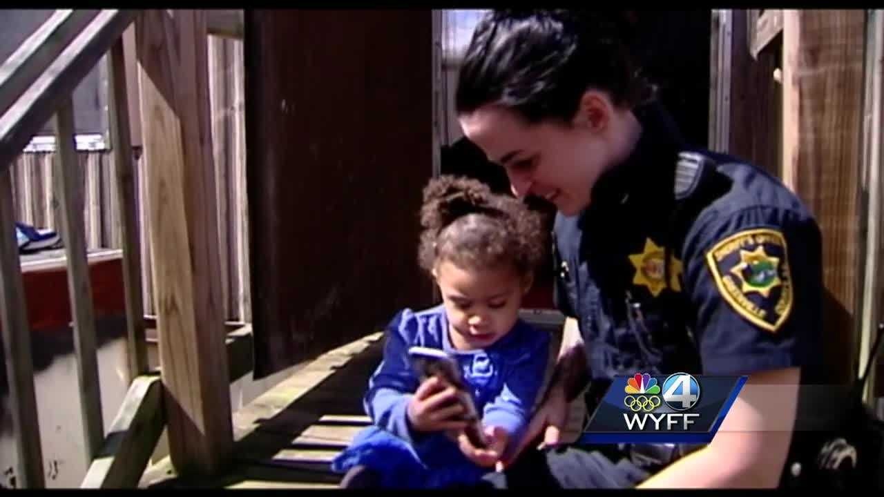 A toddler called 911 to get some assistance getting her pants and shoes on.