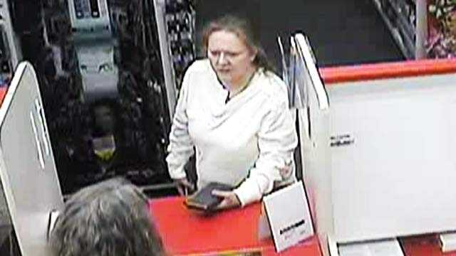 Woman wanted for prescription drug fraud