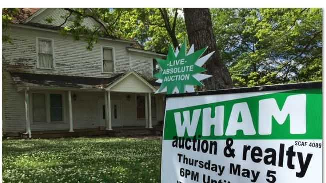 WHAM Auction and Realty is auctioning off everything inside 207 West 2nd Avenue in Easley.