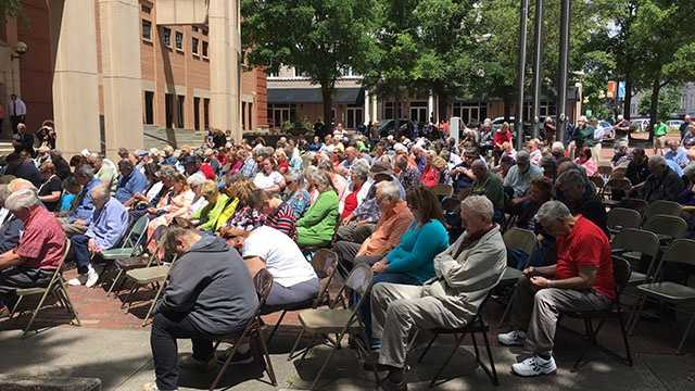 Anderson observes National Day of Prayer at the Anderson County Courthouse.