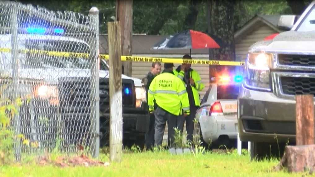 Investigators on scene of shooting in Ravenel. (Source: WCSC)