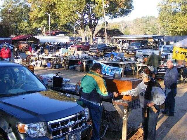Go to the Pickens Wednesday Morning Flea Market  (William Dale Porter)