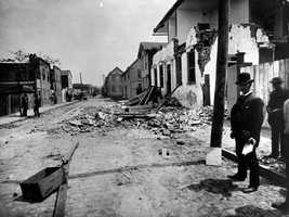 Almost all of the buildings in Charleston sustained damage and most had to be torn down and rebuilt. At least 60 people were killed by the earthquake.