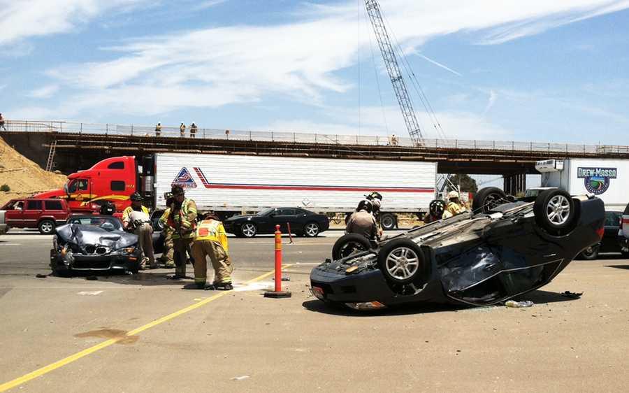 A crash on Highway 101 near Espinosa Road created traffic gridlock in Salinas. (June 15, 2012)
