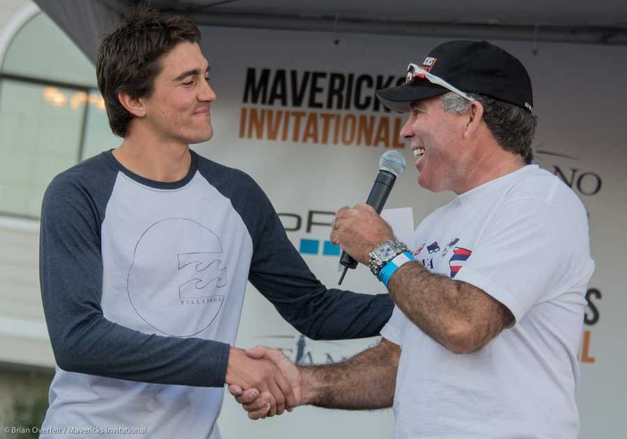 Greg Long is all smiles after he places 3rd at the 2013 Mavericks Invitational.