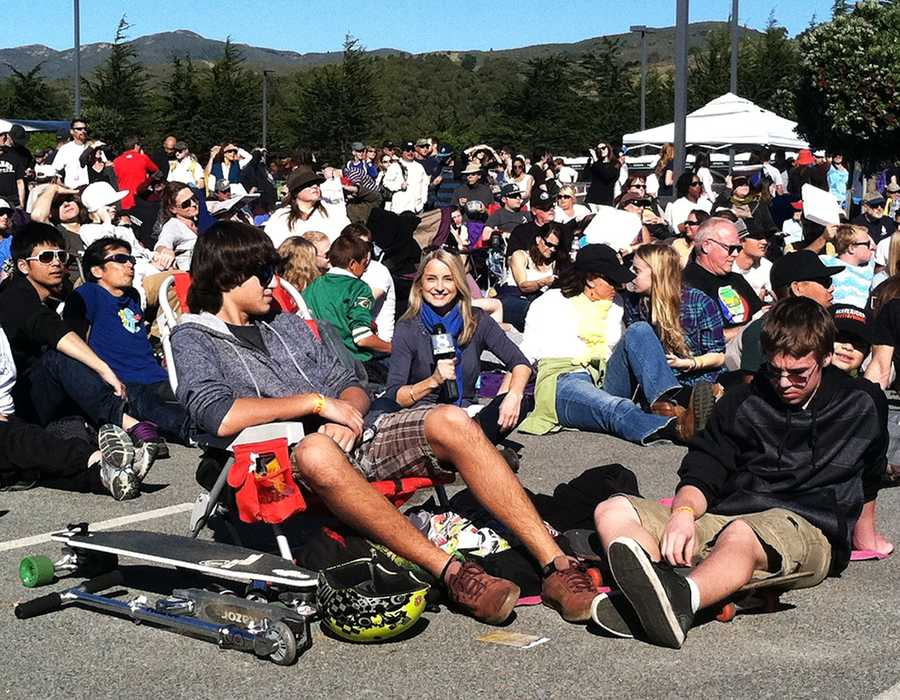 KSBW Reporter Margot Dunphy reports from inside a packed crowd at the 2013 Mavericks Invitational Festival.