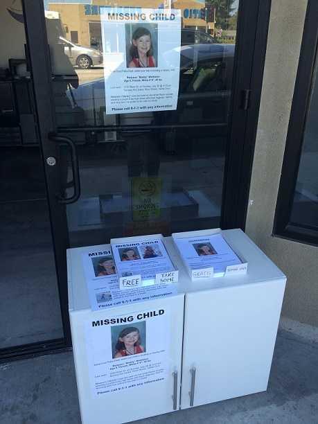 Flyers alert Santa Cruz residents that the girl is missing.