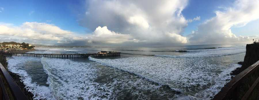 Big waves in Capitola  (Jan. 5, 2016)
