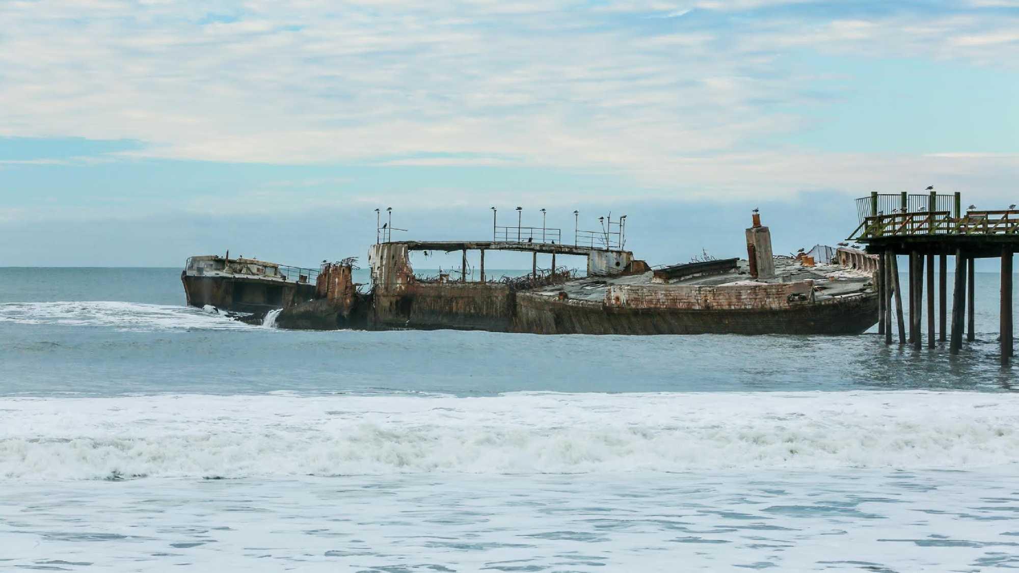 Cement Ship at Seacliff Beach in Aptos (January 2016)