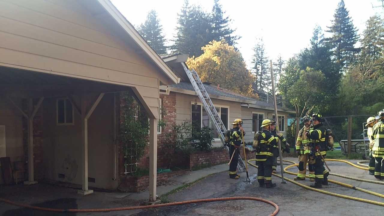 Felton House Fire.jpg