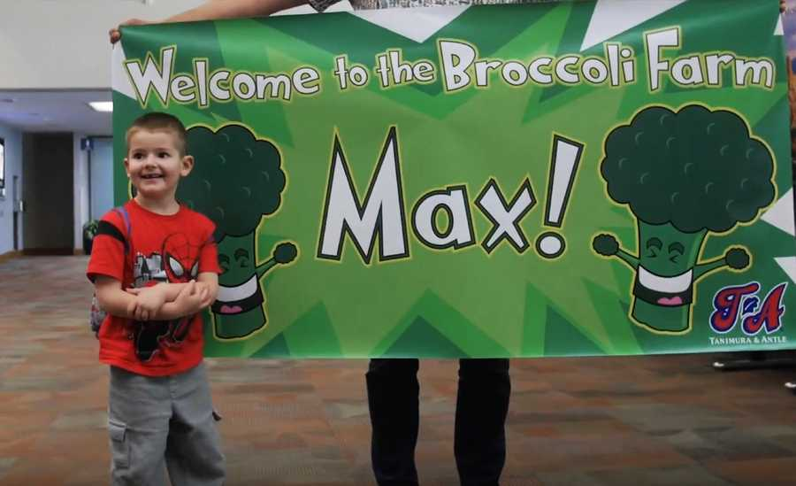 Farmers at Tanimura & Antle invited Max to come spend a day exploring their broccoli fields in the Salinas Valley.