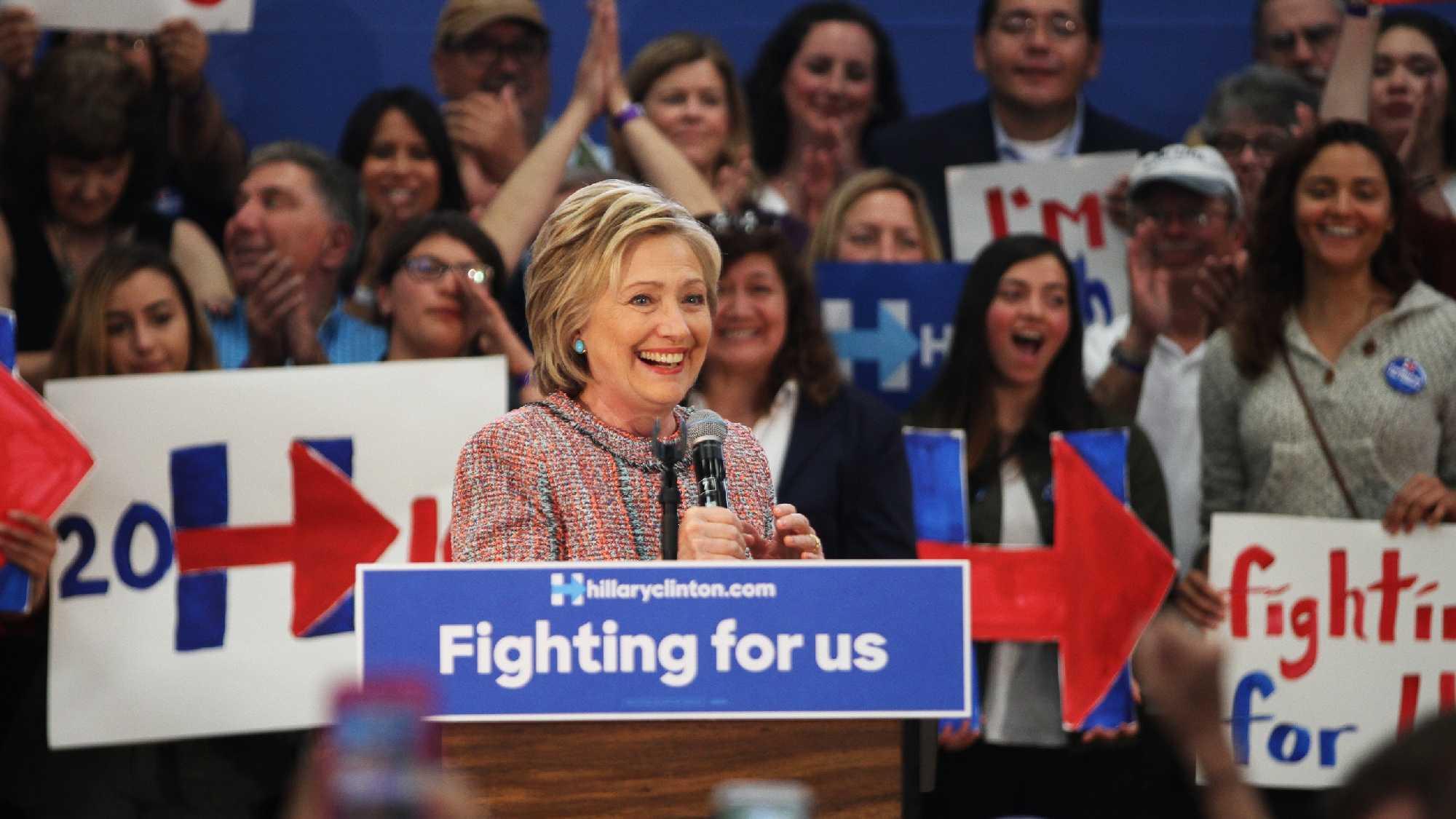 Hillary Clinton campaigning in Salinas (May 26, 2016)