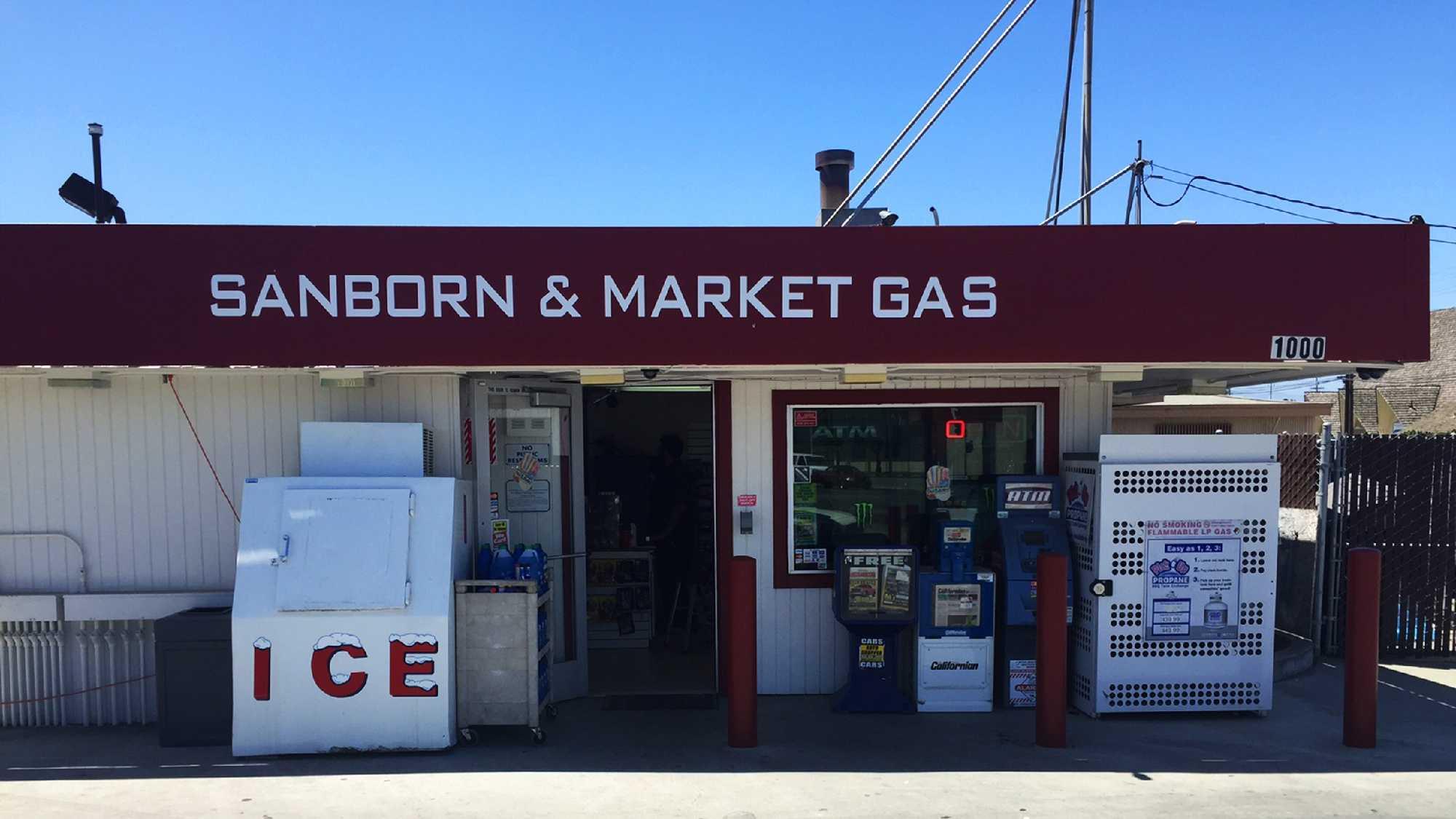 salinas gas station