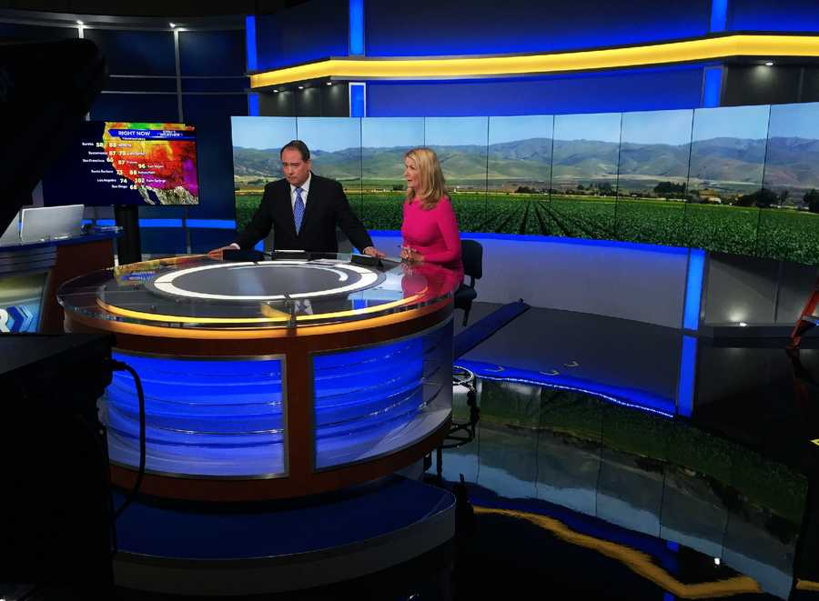 New anchor desk with Dan Green and Erin Clark