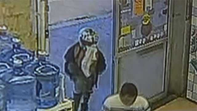 8-year-old caught on video trying to rob store