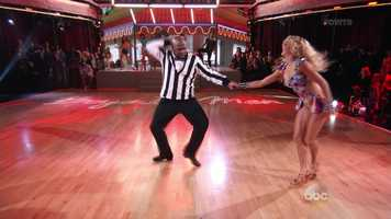 Boyz II Men member Wanya Morris is dancing with Lindsay Arnold.
