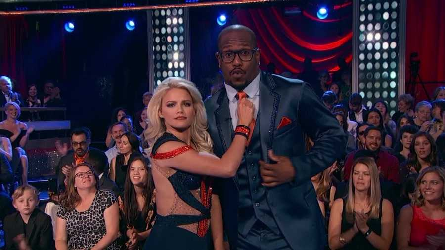 "The MVP of Super Bowl 50 Von Miller danced the Foxtrot with Witney Carson.""You've got the moves! You have bucketloads of charisma and presence!"" Bruno said."