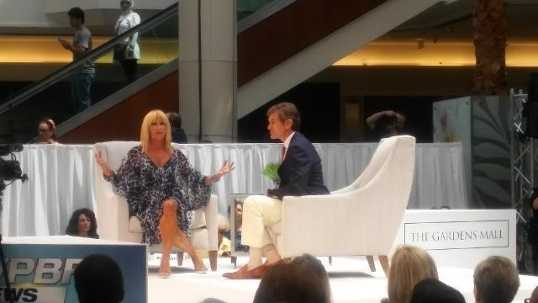 Over 8,000 attendees were on hand to see Dr. Oz and Suzanne Somers at the WPBF 25 Health & Wellness Festival held at Gardens Mall. Stephanie Berzinski reports.