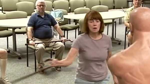 A new method of self-defense for seniors called, Cane-Fu is sweeping across Palm Beach County.Angela Rozier reports.