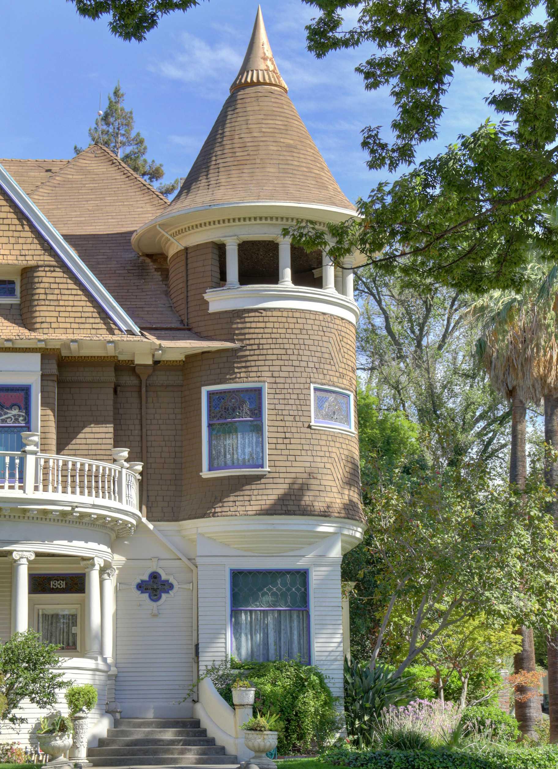 Sacramento Victorian mansion turret