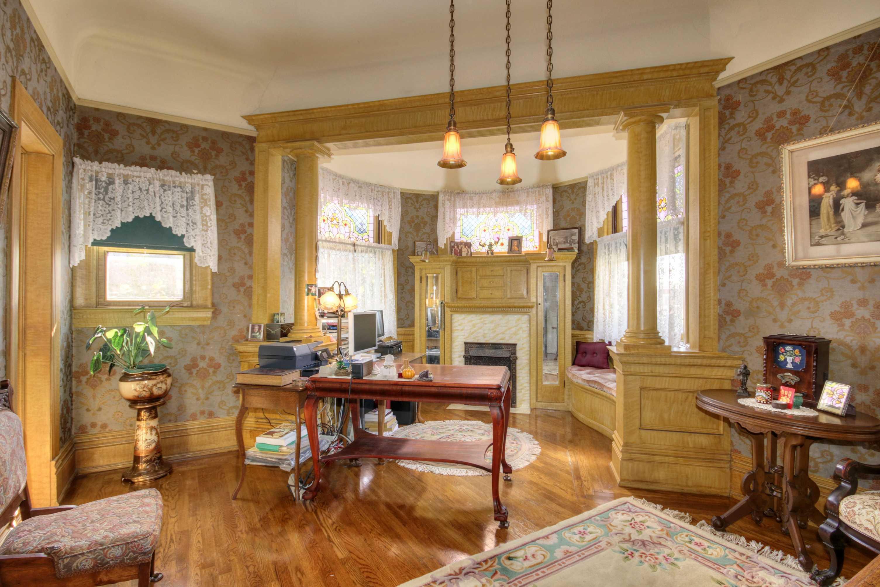Sacramento Victorian mansion office