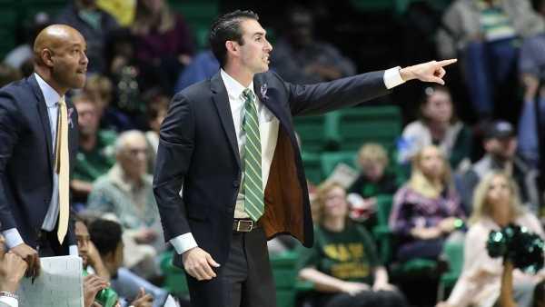 Head coach Rob Ehsan